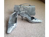 Van Dal Size 5.5 Silver Heels Shoes & Bag