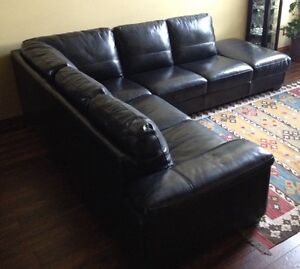 Sectional couch kijiji free classifieds in calgary find a job buy a car find a house or - Sectional sofa bed calgary ...