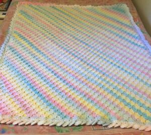 Crochet baby blankets  Cambridge Kitchener Area image 5