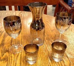 Vintage 1960. OMBRE SILVER DECANTER AND WINE GLASSES/FLORAL Gatineau Ottawa / Gatineau Area image 5