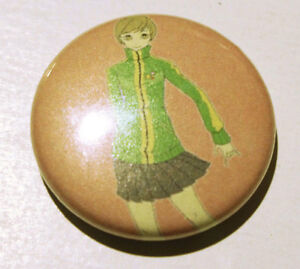 Persona 4 - Chie button / pin