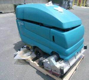 *Touch Controls!*  Tennant 5700 *Industrial* Floor Scrubber!
