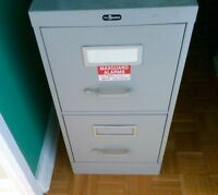 ♦️2-Drawer Vertical FILE CABINET♦️Organized & Protect♦️