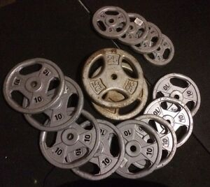 """150 Lbs of Tri grip Steel Weight Plates with 1"""" Hole"""