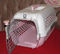 Pink Cat/Puppy Kennel, Like New. Immaculately Clean