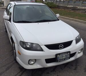 2003 Mazda protege 5 Hatchback LOW KMS!
