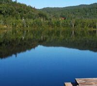 grand terrain (  avec accès lac ensemencé )