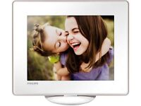 Philips Digital Photo Frame SPH8628 - 8 inches - Touch screen with battery