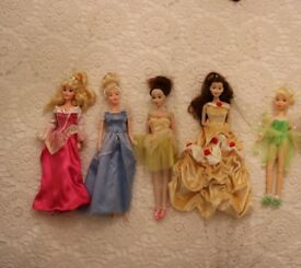 Disney princess dolls, including large Cinderella