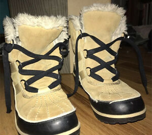 Sorel Booties/Boots/Wedges