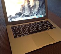 MacBook Air GREAT Condition 13inch