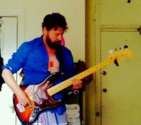 Bass Player -Hassle Free Jams