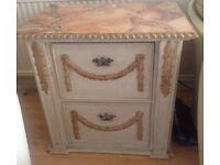 Beautiful 2 drawer fining cabinet £95 ono