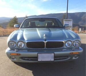 1998 Jaguar XJ8  MAKE ME AN OFFER
