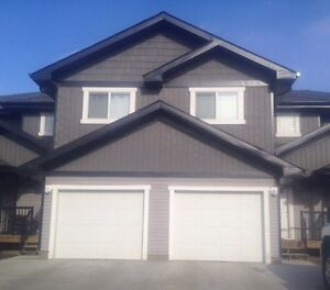3 bedroom condo Wallace Cove 1511 47c ave (reduced)