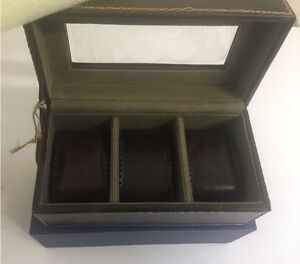 Fossil Leather Watch Box West Island Greater Montréal image 2