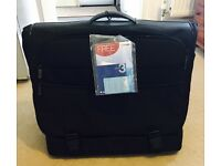 New Samsonite Prof Line Deluxe Bags (700 Series) Manchester Garment Case On Wheels