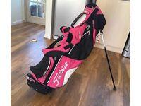 Ladies Titleist pink & black golf bag £20