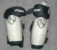 youth elbow pads size XS