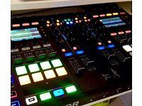 Traktor Kontrol S8 Digital DJ Controller