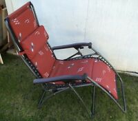 FAULKNER LOUNGE STYLE FOLDING LAWN CHAIR