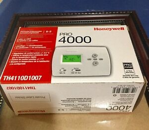 Honeywell thermostat programmable pro 4000, great condition