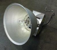 HI-BAY FIXTURES WITH LAMPS