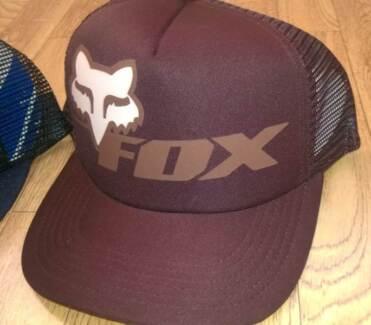 fox racing caps, lki t-shirt