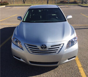 2007 TOYOTA CAMRY LE MINT LOW KM !!!