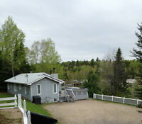 EXQUISITE 4-SEASON WATERFRONT COTTAGE FOR SALE, LAC KIPAWA, QC