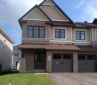 OCTOBER- NAVAN ORLEANS -NEW EndUnit Town Home For RENT  3bedroom