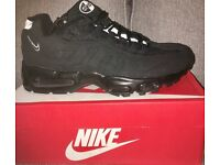 Nike AirMax 95's 110's all black one pair size 7