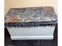 *Free* Bedding box/Ottoman