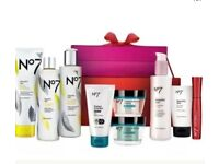 No 7 Gift Set RRP £128.00 3 Available