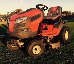 Husqvarna TS242 Ride On Lawn Mower (very low hours) Renmark Renmark Paringa Preview