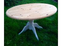 Farmhouse style pedestal dinning table*upcycled*