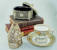 Product Photography - Teacups to Taxidermy!