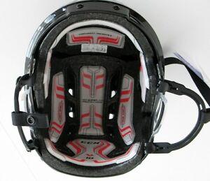 CCM V10 Helmet Kingston Kingston Area image 3