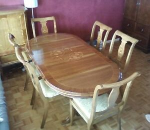 beautiful antique inlaid table and chairs Ottawa Ottawa / Gatineau Area image 1