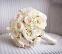 Florist,wedding flower,wedding decor,receptionflowers,car decor