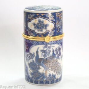 CHIC CHINESE PORCELAIN TOOTHPICK BOX with blue peacock
