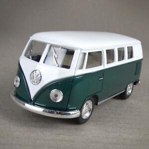 1962 Volkswagen VW Kombi Combi Van Hippy Bus Camper Die-Cast 1:32 Scale Green