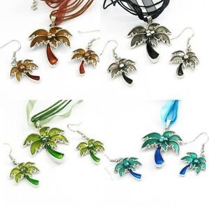 Palm Tree Necklace and Earrings Set---NEW!