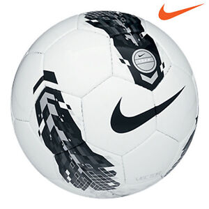 Nike-Total-90-TEAM-VECTOR-Football-Size-5-White-with-Black-and-Silver-Graphics