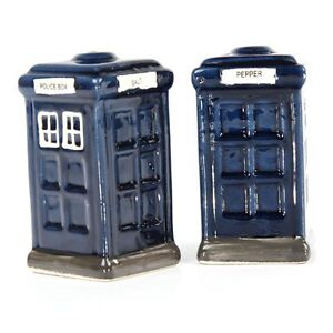 NEW POLICE BOX SALT PEPPER POT CRUET SET DOCTOR WHO TARDIS SHAKERS NOVELTY RETRO