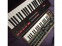 Korg R3 synth
