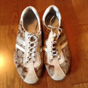 Coach shoes size 8 London Ontario image 1