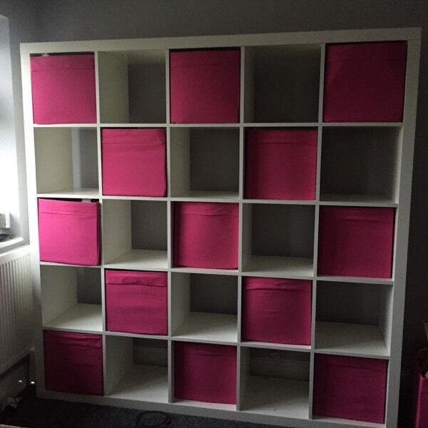 Ikea storage unit 25 cube large white comes with pink for Ikea box shelf unit