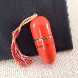 Mini-Trousse de couture (Souvenir de Ste-Anne de Beaupré)