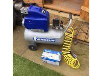 Michelin air compressor excellent condition With air gun